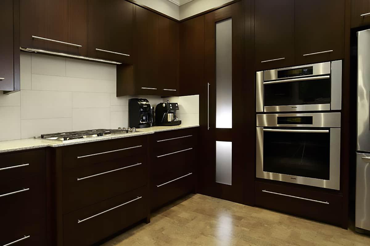 Mackenzie Lake residence kitchen close up